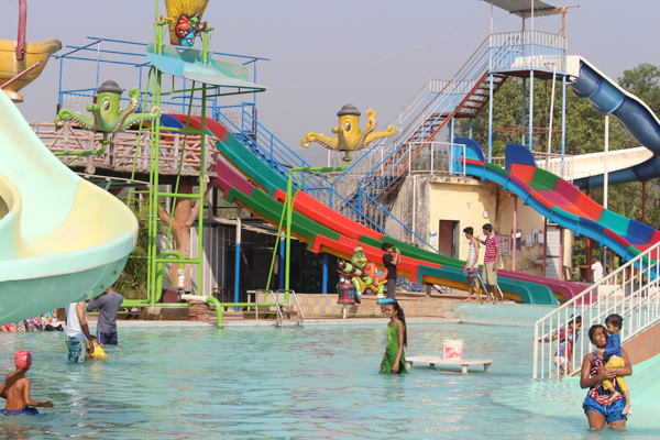 resort with activity near mumbai