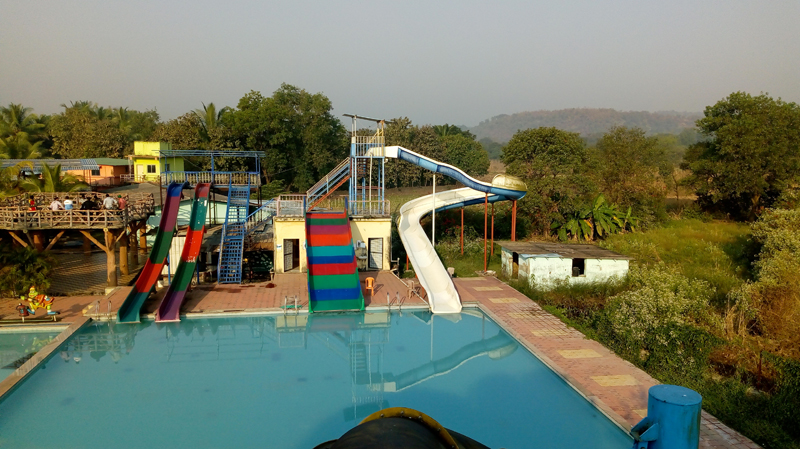 farm house in pune with simple slides